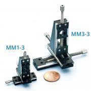 Miniaturowy mikromanipulator trzyosiowy